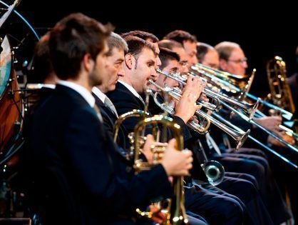 The Banda Municipal de Barcelona performs 'Sequences for Band'